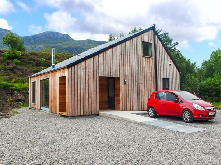 4 bedroom Cottage for rent in Dornie