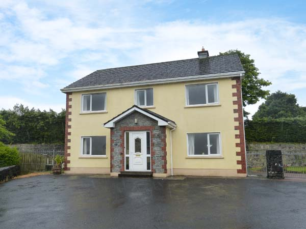 5 bedroom Cottage for rent in Clonbur