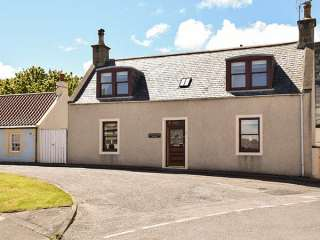 3 bedroom Cottage for rent in Cullen