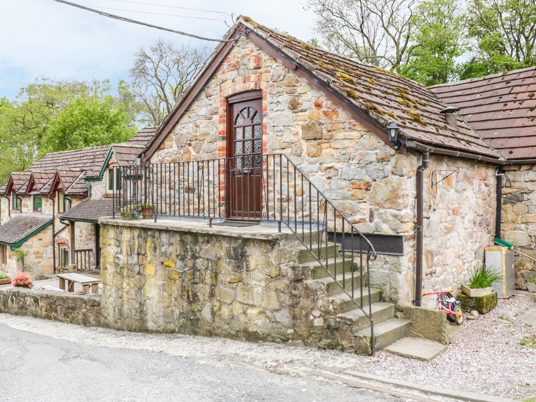 2 bedroom Cottage for rent in Llangollen