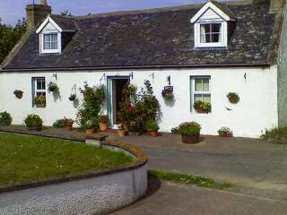 3 bedroom Cottage for rent in Portmahomack