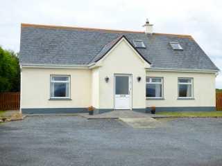 4 bedroom Cottage for rent in Carna