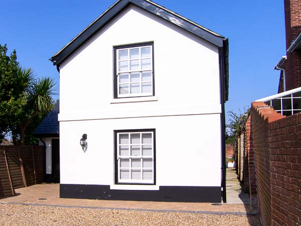 4 bedroom Cottage for rent in Portsmouth