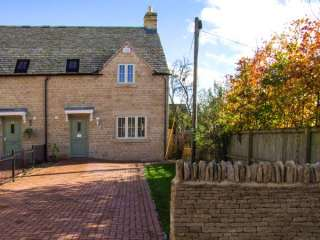 3 bedroom Cottage for rent in Cheltenham