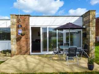 2 bedroom Cottage for rent in Freshwater Bay