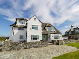 6 bedroom Cottage for rent in Trearddur Bay