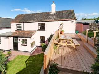2 bedroom Cottage for rent in Watchet