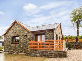 3 bedroom Cottage for rent in Pontrhydfendigaid