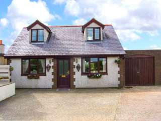 3 bedroom Cottage for rent in Church Bay