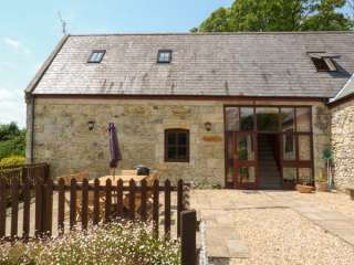 4 bedroom Cottage for rent in Niton Undercliff