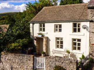 3 bedroom Cottage for rent in Castleton