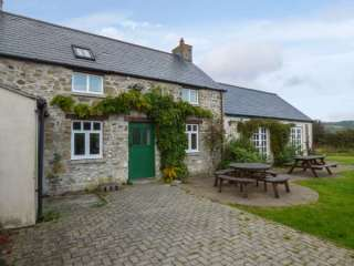 5 bedroom Cottage for rent in Fishguard