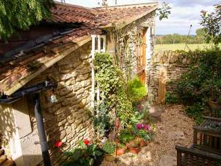 1 bedroom Cottage for rent in Neston