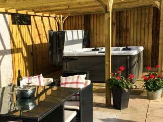 1 bedroom Cottage for rent in Seaton, Cornwall