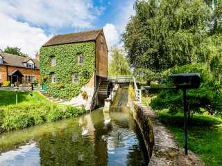 2 bedroom Cottage for rent in Worcester