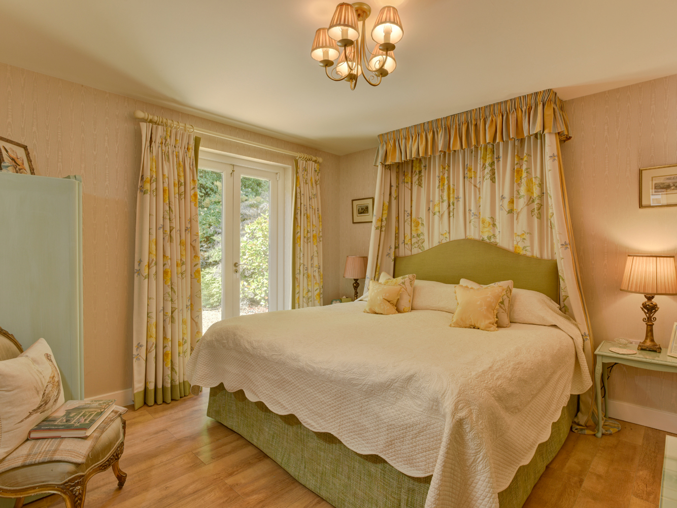 2 bedroom Cottage for rent in Taunton