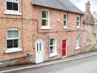 2 bedroom Cottage for rent in Ashbourne