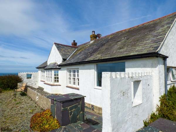 2 bedroom Cottage for rent in Church Bay