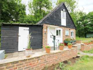 1 bedroom Cottage for rent in Robertsbridge