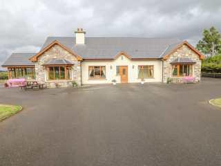 5 bedroom Cottage for rent in Killarney