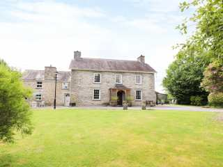 8 bedroom Cottage for rent in Lampeter