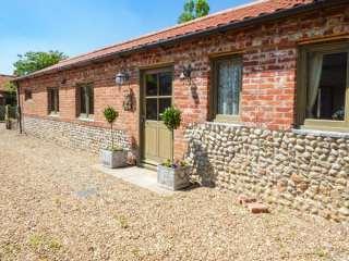 2 bedroom Cottage for rent in Holt