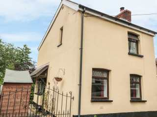 2 bedroom Cottage for rent in Abergavenny