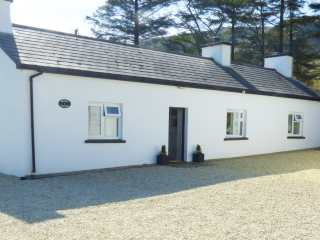 3 bedroom Cottage for rent in Ardara