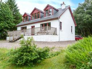 3 bedroom Cottage for rent in Glenuig