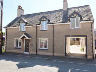 4 bedroom Cottage for rent in Ruthin