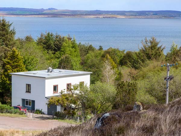 4 bedroom Cottage for rent in Poolewe