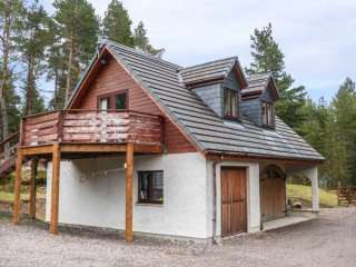 2 bedroom Cottage for rent in Drumnadrochit