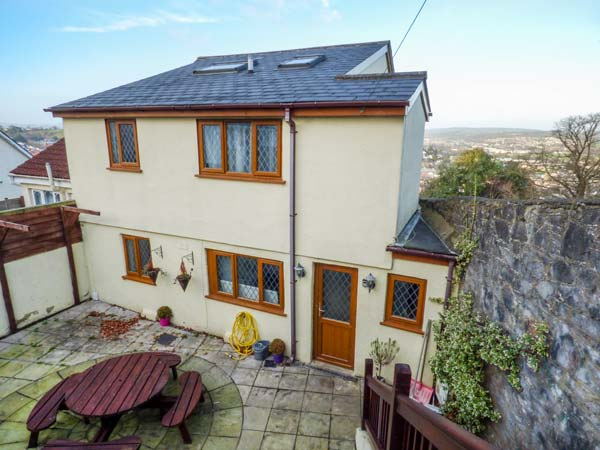 4 bedroom Cottage for rent in Newton Abbot
