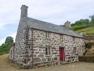 4 bedroom Cottage for rent in Dolgellau