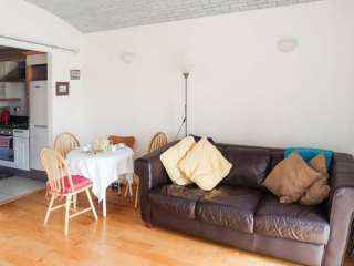 2 bedroom Cottage for rent in Margate