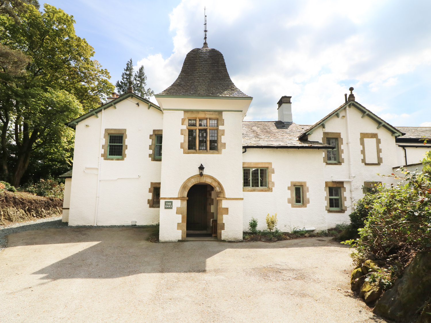 12 bedroom Cottage for rent in Bowness