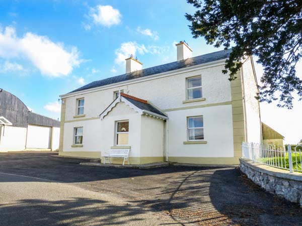 4 bedroom Cottage for rent in Belturbet