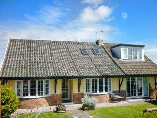 4 bedroom Cottage for rent in Amroth