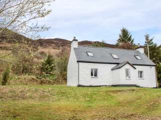 2 bedroom Cottage for rent in Dornie