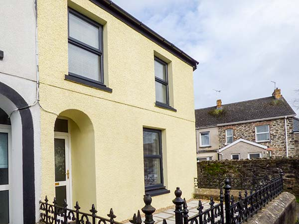 3 bedroom Cottage for rent in Dyfed