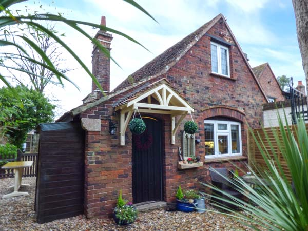 1 bedroom Cottage for rent in Fishbourne