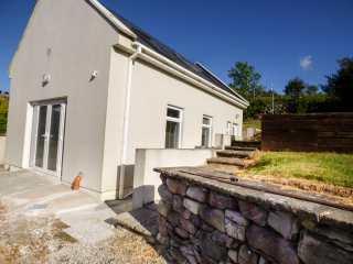 2 bedroom Cottage for rent in Beaufort