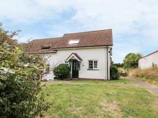 2 bedroom Cottage for rent in Aberporth