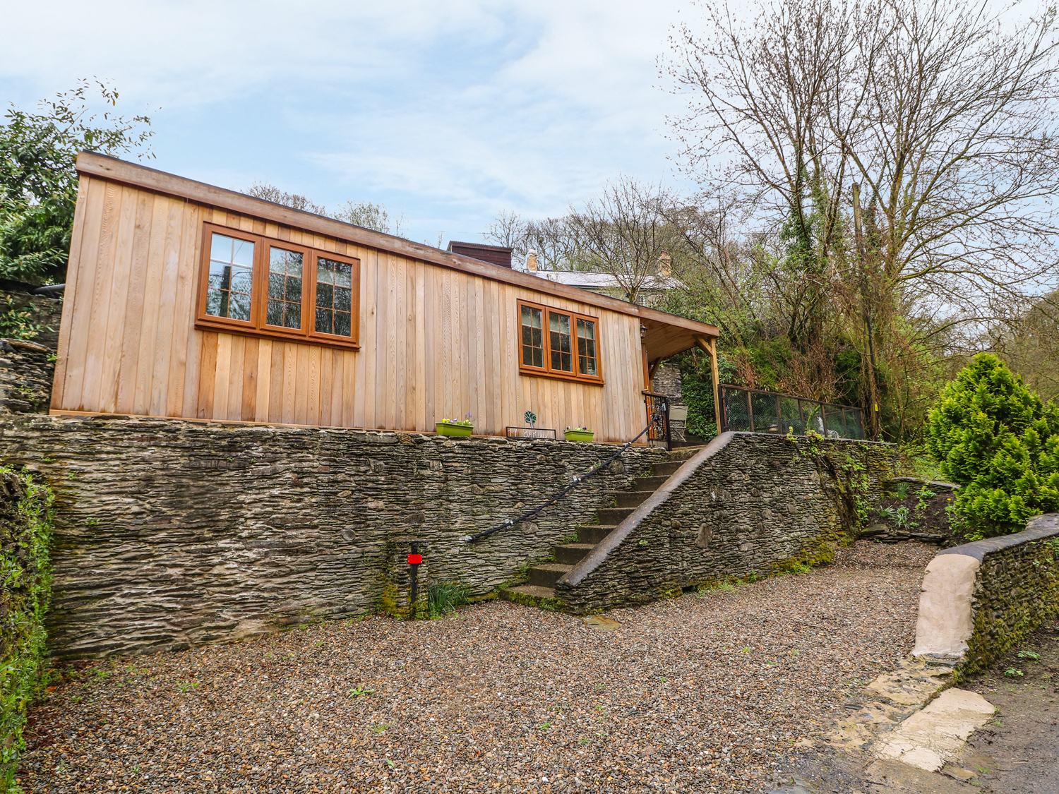 1 bedroom Cottage for rent in Newcastle Emlyn