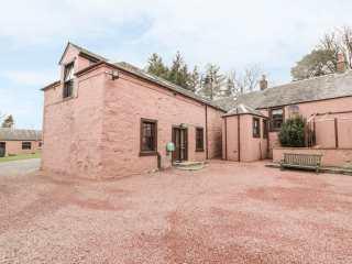 4 bedroom Cottage for rent in Girvan