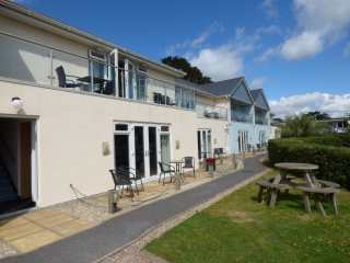 3 bedroom Cottage for rent in Dawlish