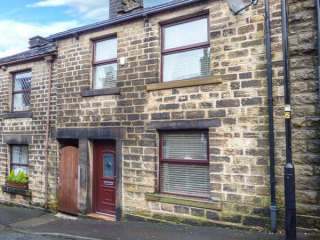 2 bedroom Cottage for rent in Saddleworth