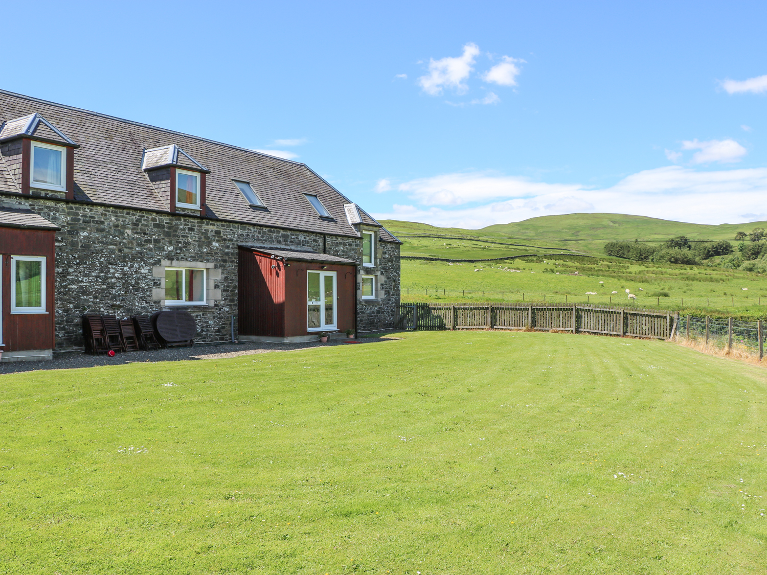 7 bedroom Cottage for rent in Yarrow Valley