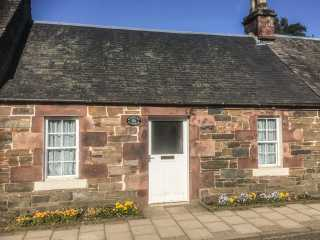 1 bedroom Cottage for rent in Broughton