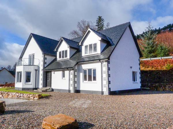 5 bedroom Cottage for rent in Spean Bridge